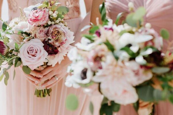 Wedding Floral in 2019: The Bold and the Beautiful